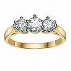3 Diamond Ring – 9ct Yellow Gold